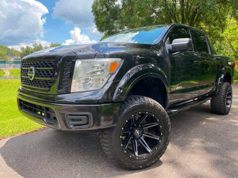 2018 Nissan Titan for sale at Powerhouse Automotive in Tampa FL