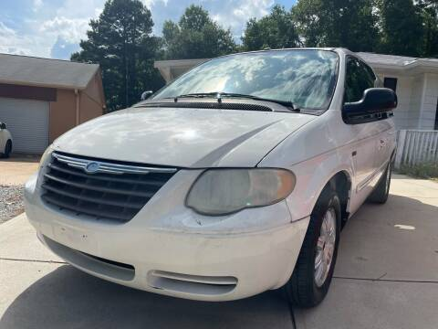 2007 Chrysler Town and Country for sale at Efficiency Auto Buyers in Milton GA