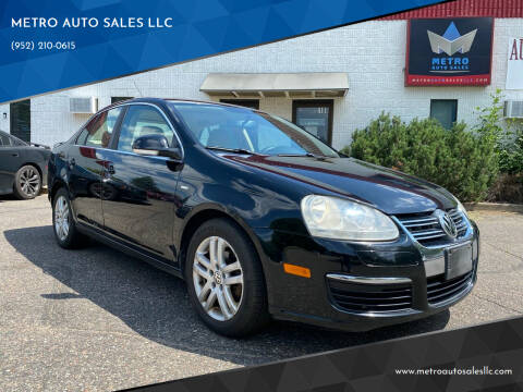 2007 Volkswagen Jetta for sale at METRO AUTO SALES LLC in Blaine MN