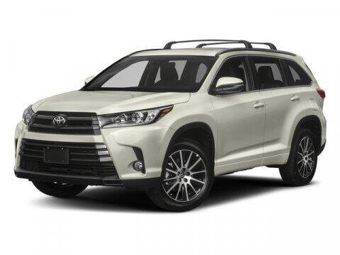 2018 Toyota Highlander for sale at Clinton Acura used in Clinton NJ