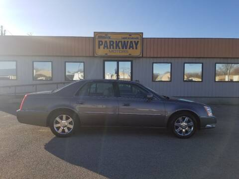 2006 Cadillac DTS for sale at Parkway Motors in Springfield IL