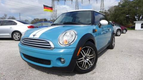2010 MINI Cooper for sale at Das Autohaus Quality Used Cars in Clearwater FL