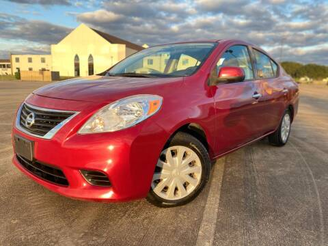 2014 Nissan Versa for sale at AUTO DIRECT Bellaire in Houston TX