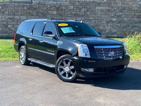 2013 Cadillac Escalade ESV for sale at Car Hunters LLC in Mount Juliet TN