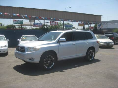 2008 Toyota Highlander for sale at Town and Country Motors - 1702 East Van Buren Street in Phoenix AZ