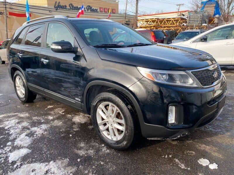 2014 Kia Sorento for sale at Drive Deleon in Yonkers NY