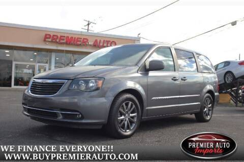 2015 Chrysler Town and Country for sale at PREMIER AUTO IMPORTS - Temple Hills Location in Temple Hills MD
