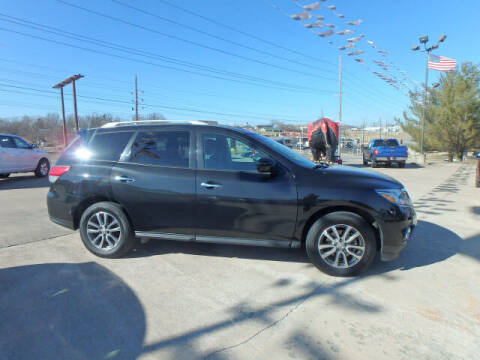2015 Nissan Pathfinder for sale at BLACKWELL MOTORS INC in Farmington MO
