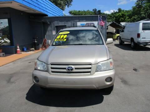 2005 Toyota Highlander for sale at AUTO BROKERS OF ORLANDO in Orlando FL