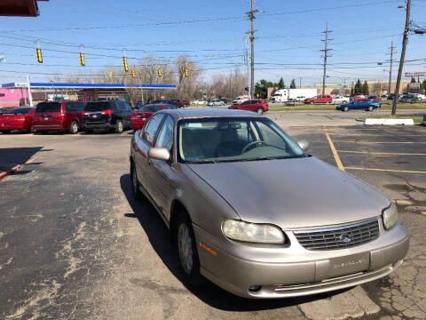 1998 Chevrolet Malibu for sale at Drive Max Auto Sales in Warren MI