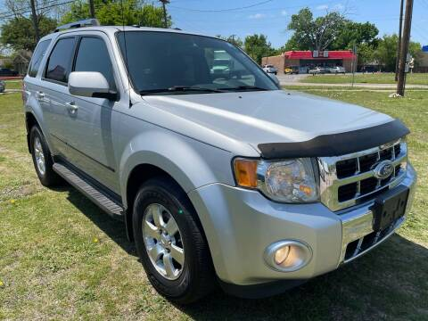 2011 Ford Escape for sale at Texas Select Autos LLC in Mckinney TX