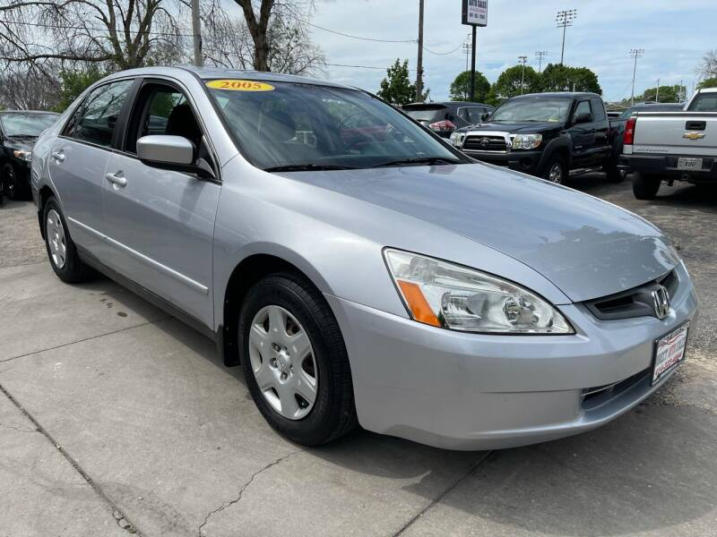 2005 Honda Accord for sale at Direct Auto Sales in Milwaukee WI