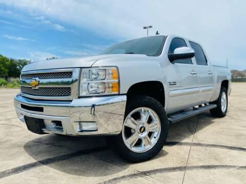 2012 Chevrolet Silverado 1500 for sale at AUTO DIRECT Bellaire in Houston TX