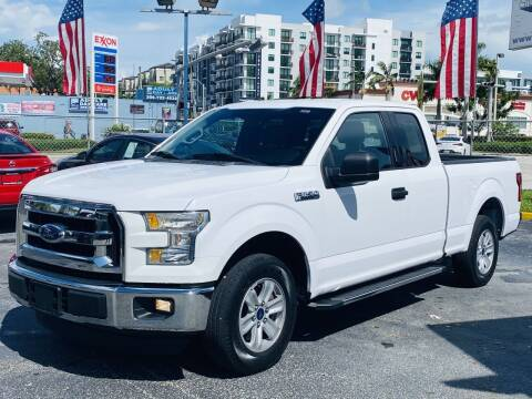 2015 Ford F-150 for sale at CHASE MOTOR in Miami FL