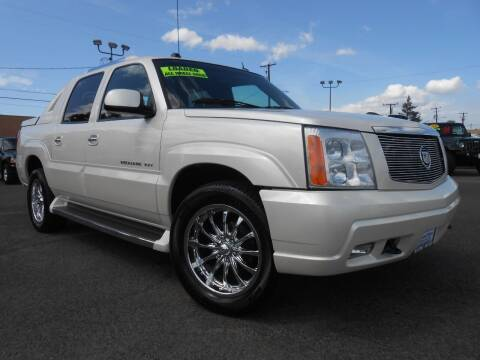 2005 Cadillac Escalade EXT for sale at McKenna Motors in Union Gap WA