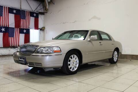 2010 Lincoln Town Car for sale at ROADSTERS AUTO in Houston TX