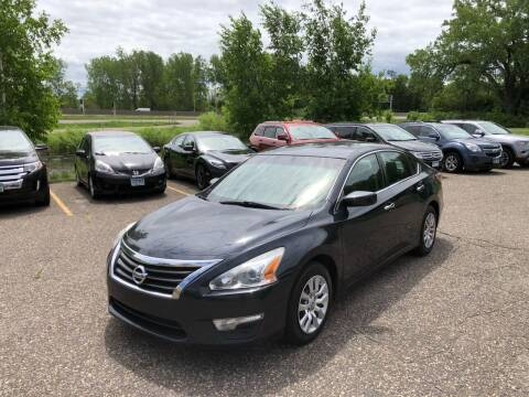 2014 Nissan Altima for sale at Family Auto Sales in Maplewood MN