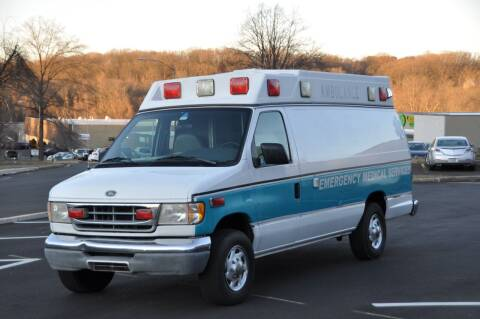 1999 Ford E-Series Cargo for sale at T CAR CARE INC in Philadelphia PA