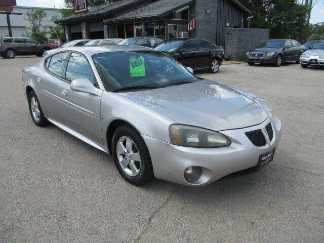 2008 Pontiac Grand Prix for sale at King's Kars in Marion IA