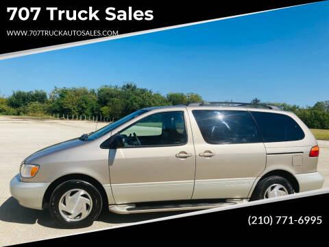 2000 Toyota Sienna for sale at 707 Truck Sales in San Antonio TX