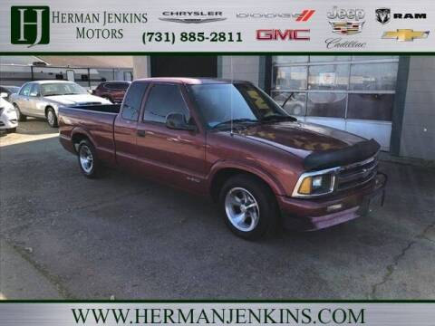 1995 Chevrolet S-10 for sale at Herman Jenkins Used Cars in Union City TN
