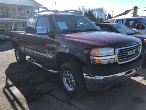 2002 GMC Sierra 2500HD for sale at Rine's Auto Sales in Mifflinburg PA