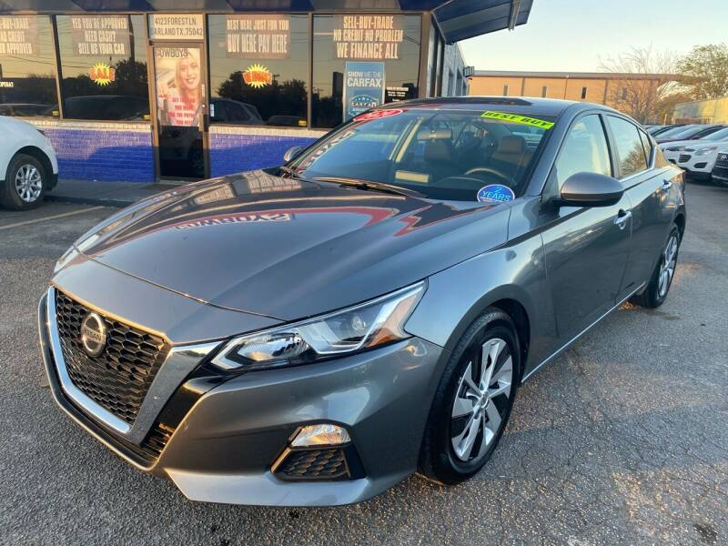 2020 Nissan Altima for sale at Cow Boys Auto Sales LLC in Garland TX