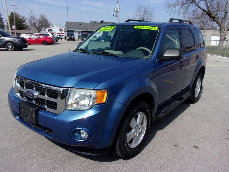 2009 Ford Escape for sale at Ideal Auto Sales, Inc. in Waukesha WI