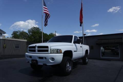 2001 Dodge Ram Pickup 1500 for sale at Danny Holder Automotive in Ashland City TN
