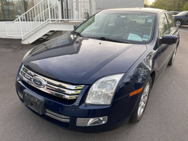 2006 Ford Fusion for sale at Best Deal Motors in Saint Charles MO