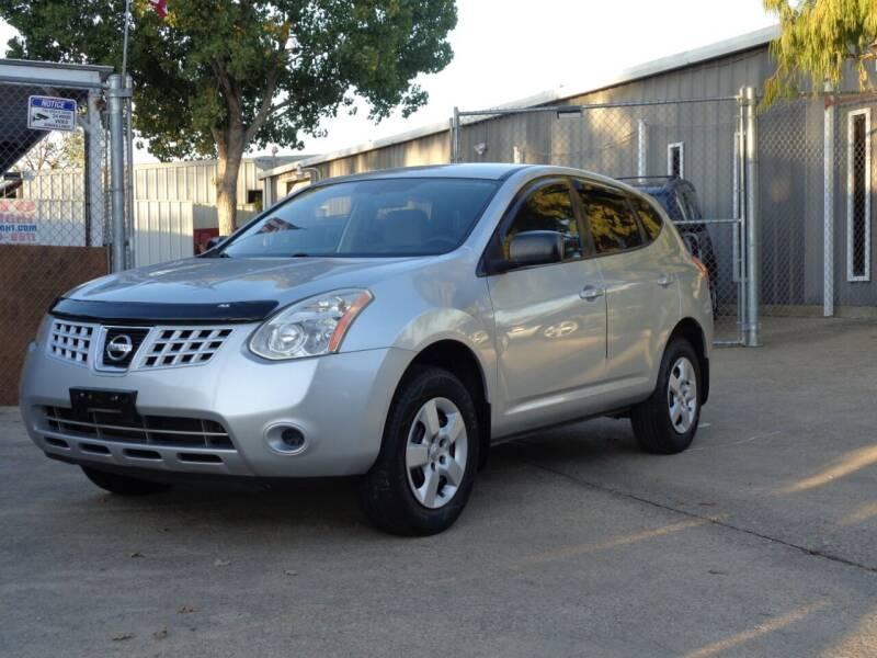 2009 Nissan Rogue for sale at Auto Starlight in Dallas TX