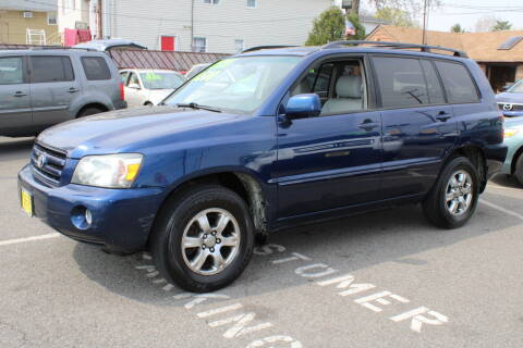 2005 Toyota Highlander for sale at Lodi Auto Mart in Lodi NJ