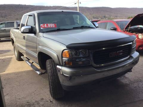 2000 GMC Sierra 1500 for sale at Troys Auto Sales in Dornsife PA