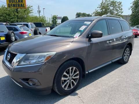 2015 Nissan Pathfinder for sale at Diana Rico LLC in Dalton GA