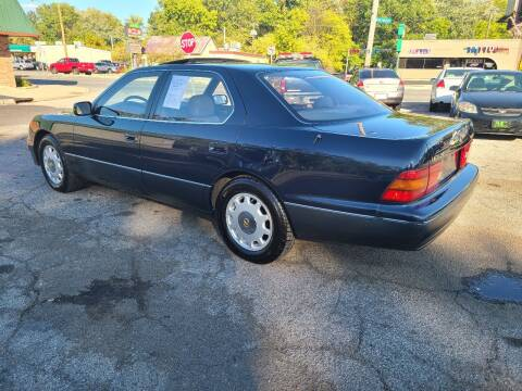 1995 Lexus LS 400 for sale at Johnny's Motor Cars in Toledo OH