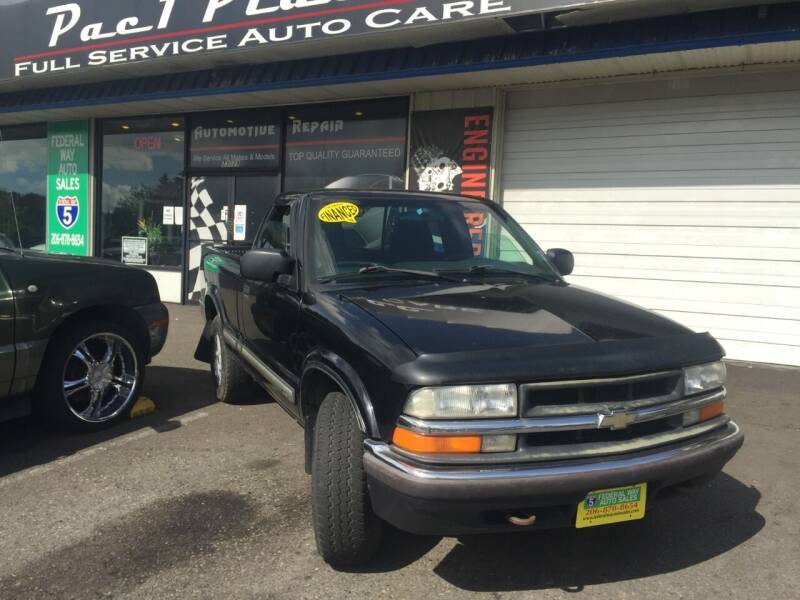 2000 Chevrolet S-10 for sale in Federal Way, WA