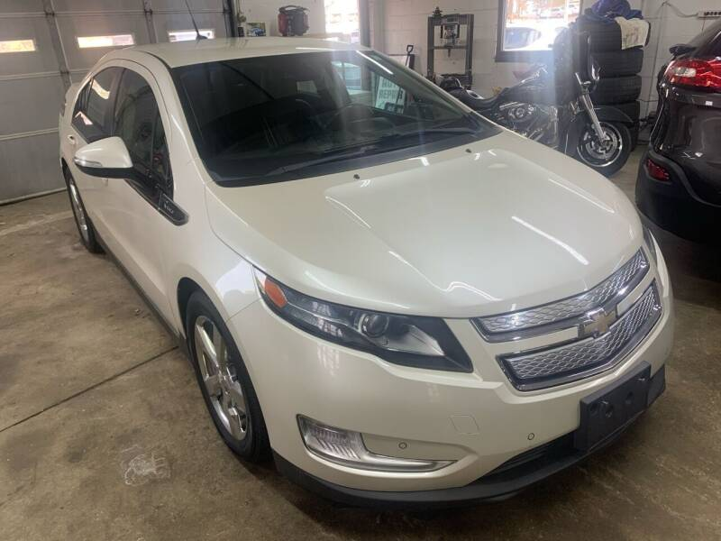 2013 Chevrolet Volt for sale at QUINN'S AUTOMOTIVE in Leominster MA