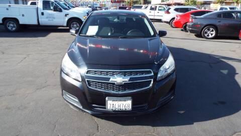 2013 Chevrolet Malibu for sale at 559 Motors in Fresno CA