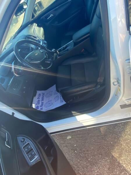 2016 Chevrolet Impala LT 4dr Sedan w/ 2LT - Lakewood CO