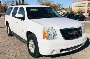 2013 GMC Yukon XL for sale at Fiesta Motors Inc in Las Cruces NM