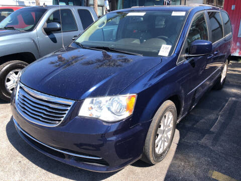 2015 Chrysler Town and Country for sale at Outdoor Recreation World Inc. in Panama City FL