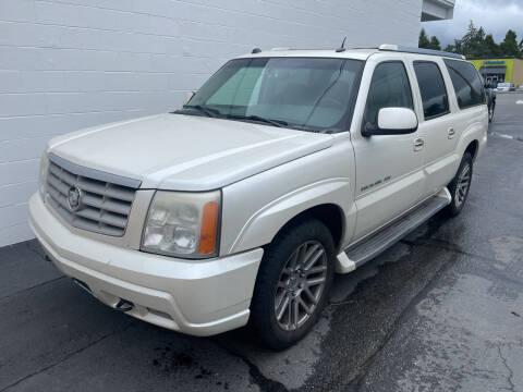 2005 Cadillac Escalade ESV for sale at APX Auto Brokers in Edmonds WA