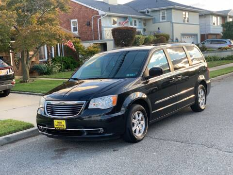 2012 Chrysler Town and Country for sale at Reis Motors LLC in Lawrence NY