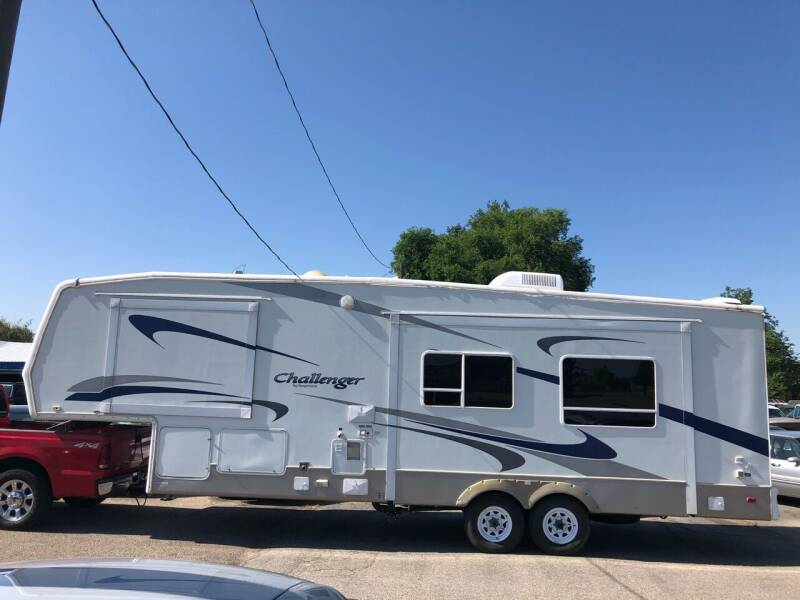2004 Keystone Challenger for sale at AFFORDABLY PRICED CARS LLC in Mountain Home ID