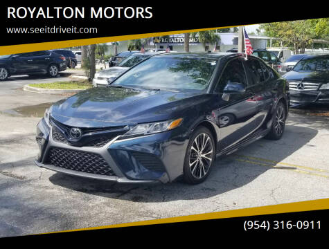 2019 Toyota Camry for sale at ROYALTON MOTORS in Plantation FL