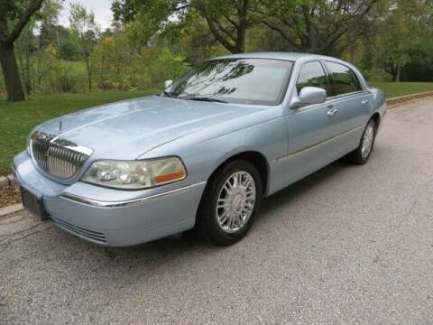 2009 Lincoln Town Car for sale at EZ Motorcars in West Allis WI