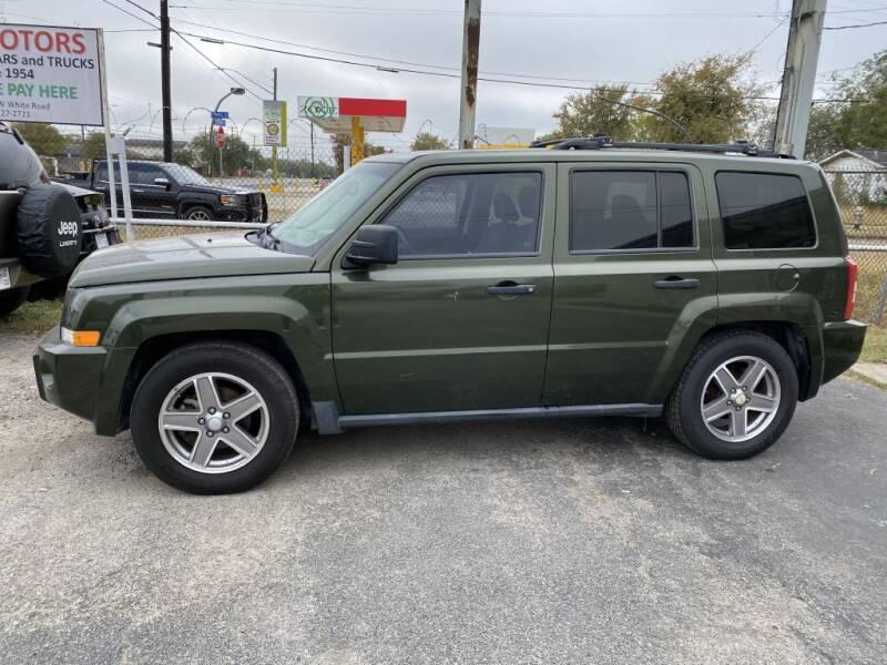 2007 Jeep Patriot for sale at C&R  MOTORS in San Antonio TX