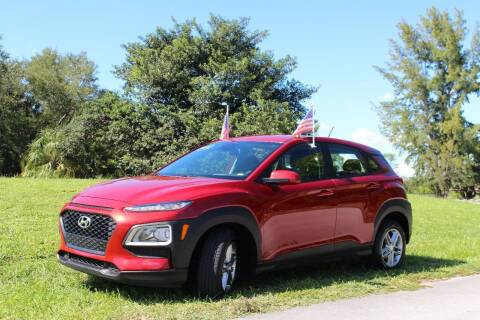 2019 Hyundai Kona for sale at CHASE MOTOR in Miami FL