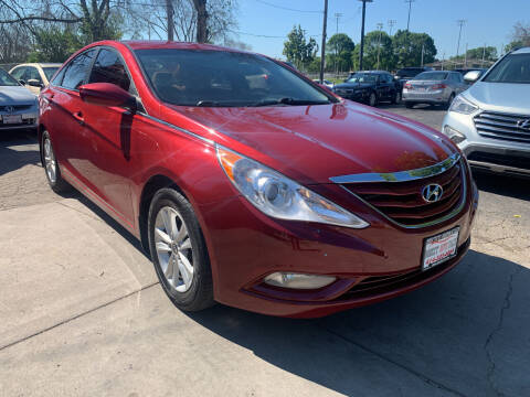 2013 Hyundai Sonata for sale at Direct Auto Sales in Milwaukee WI