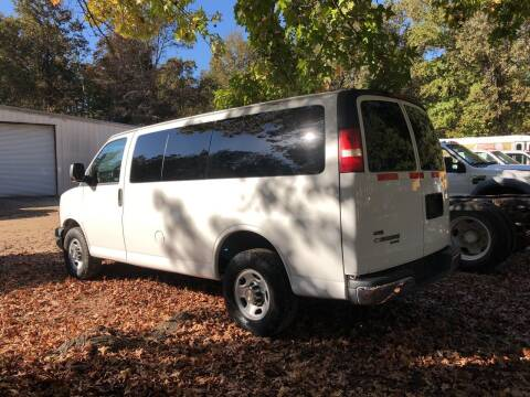2011 Chevrolet Express Passenger for sale at M & W MOTOR COMPANY in Hope AR